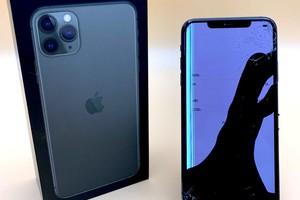 How much does it cost to repair an iPhone 11 Pro Max screen?