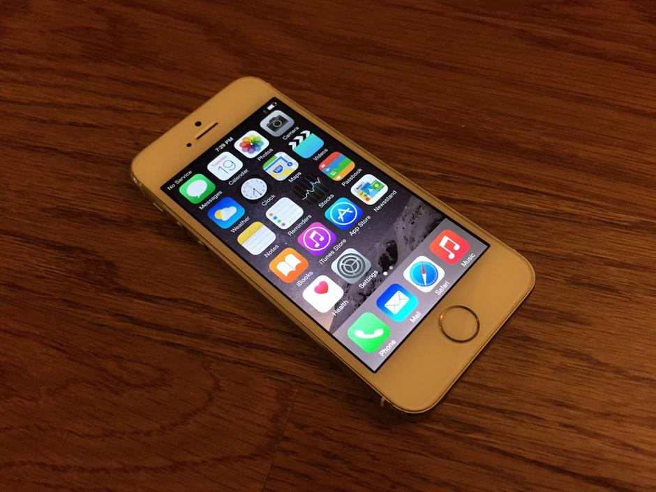 iphone 5s at t for sale aww616 apple iphone 5s at amp t for 240 swappa 8072