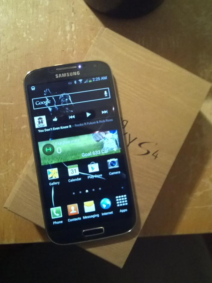Samsung Galaxy S4 (Verizon) For Sale - $485 on Swappa (EUR949)