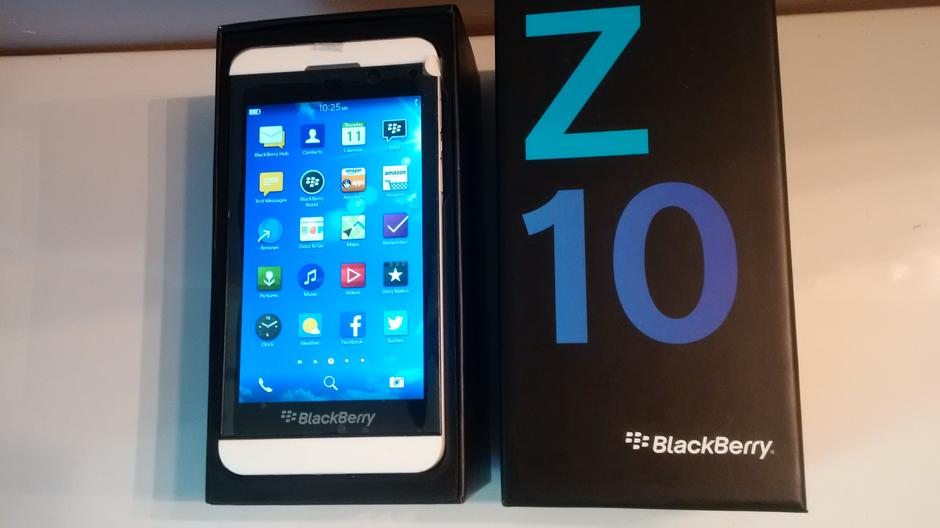 blackberry z10 white verizon - photo #15