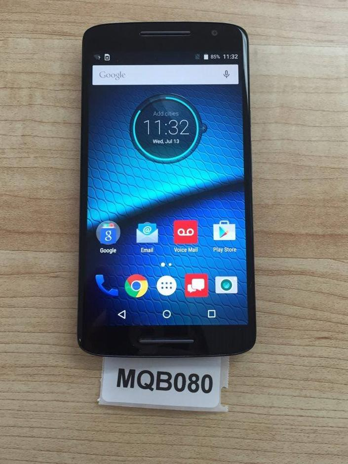 I have verizon all set pre-paid plan and using Moto G. I'm interested in buying a Droid Maxx but the local store person told me that Droid Maxx is not compatible to pre-paid plan .