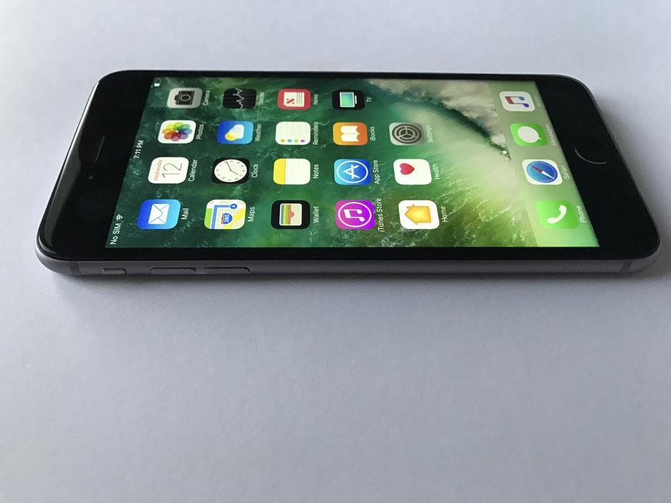 Metropcs Iphone  Plus Gb