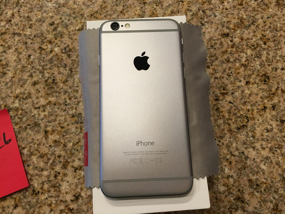 model a1586 iphone price