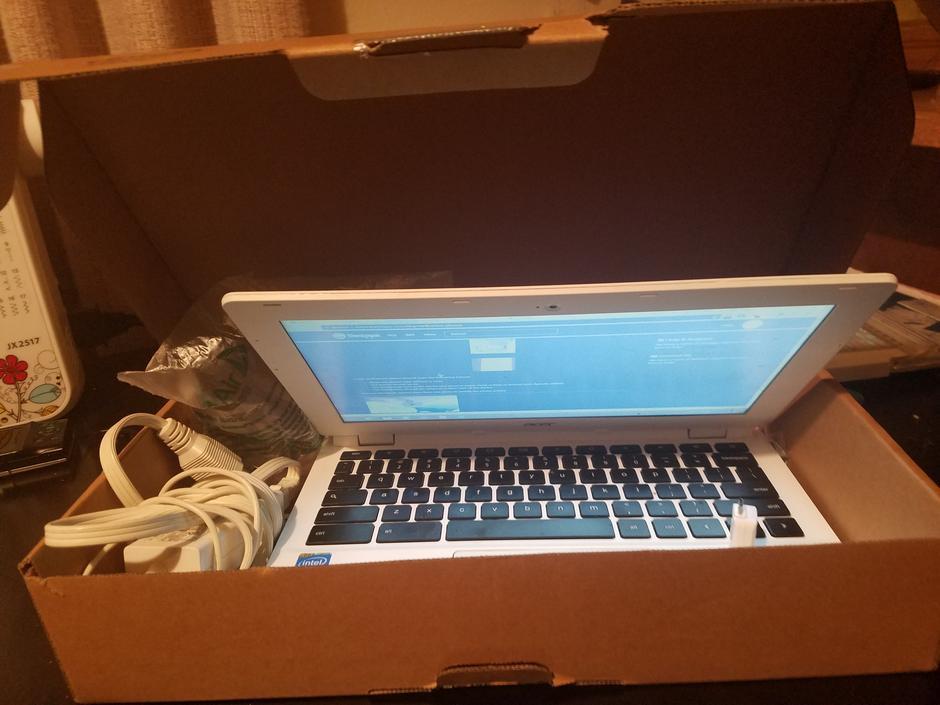buy acer chromebook 11 white 16 gb 2 gb lqlc72220 swappa