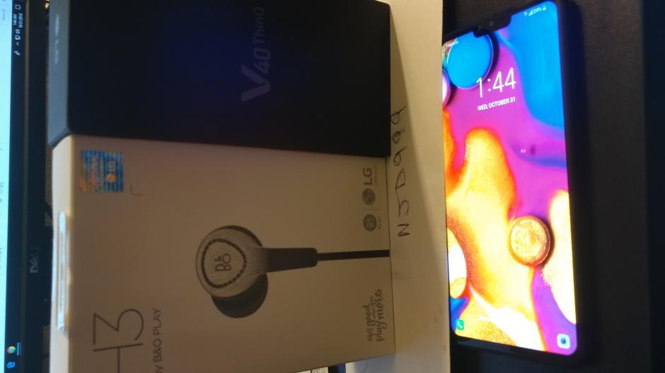 LG V40 ThinQ (T-Mobile) [LM-V405TA] - Black
