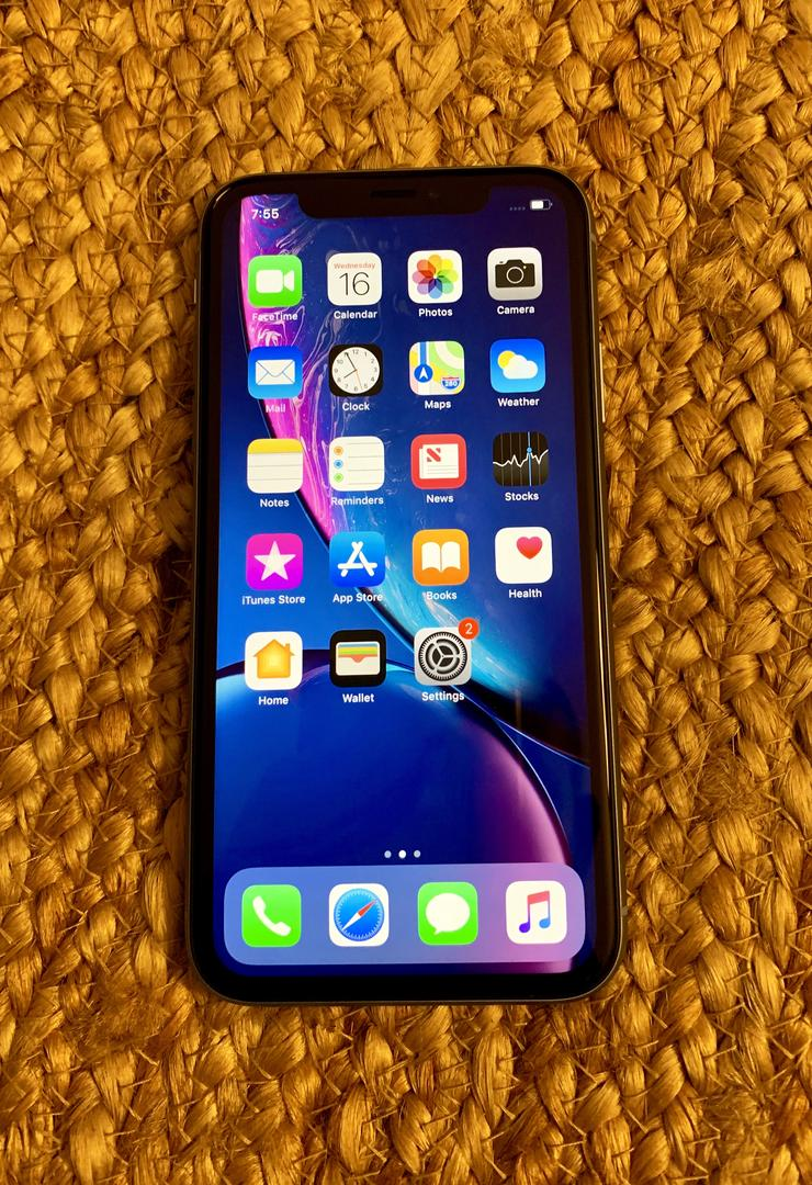 Apple iPhone Xr (T-Mobile) A1984 - Blue, 64 GB ...