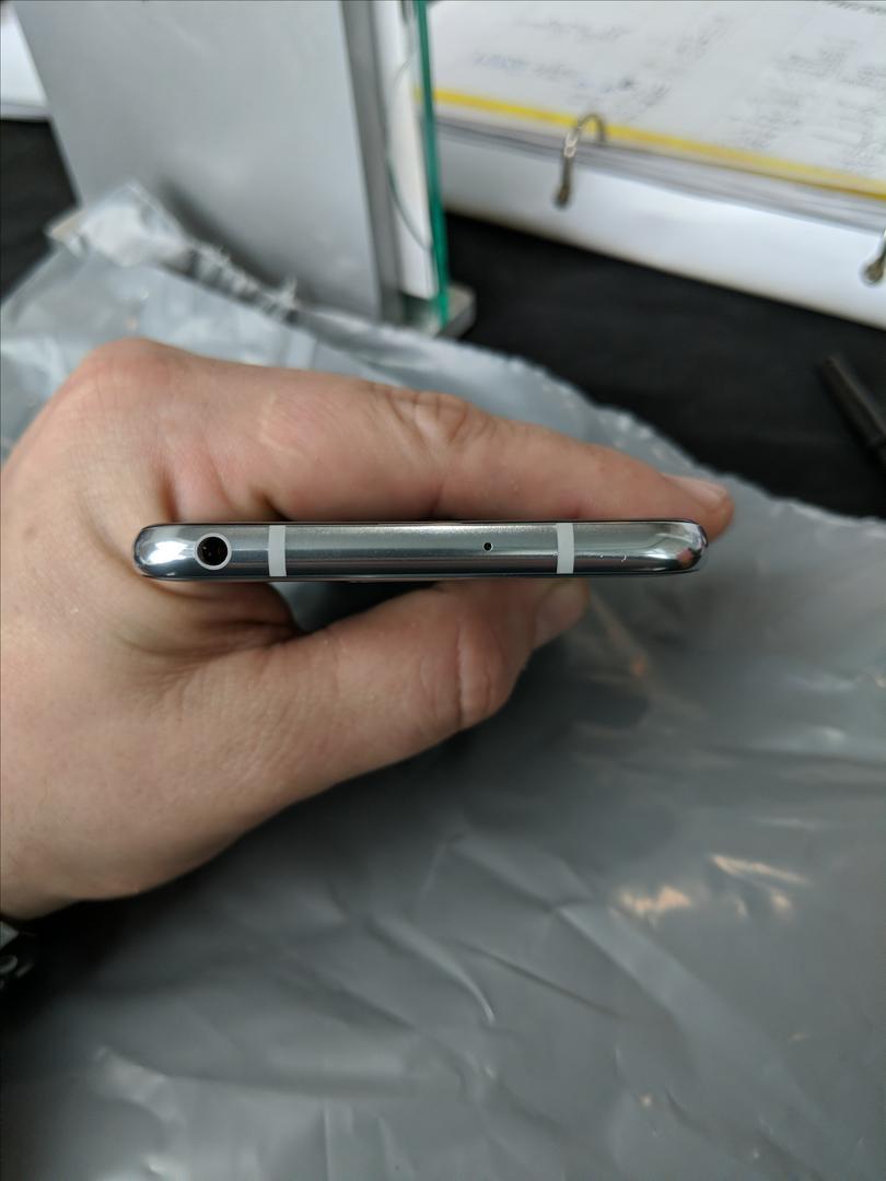 LG V30 (AT&T) [H931] - Silver, 64 GB