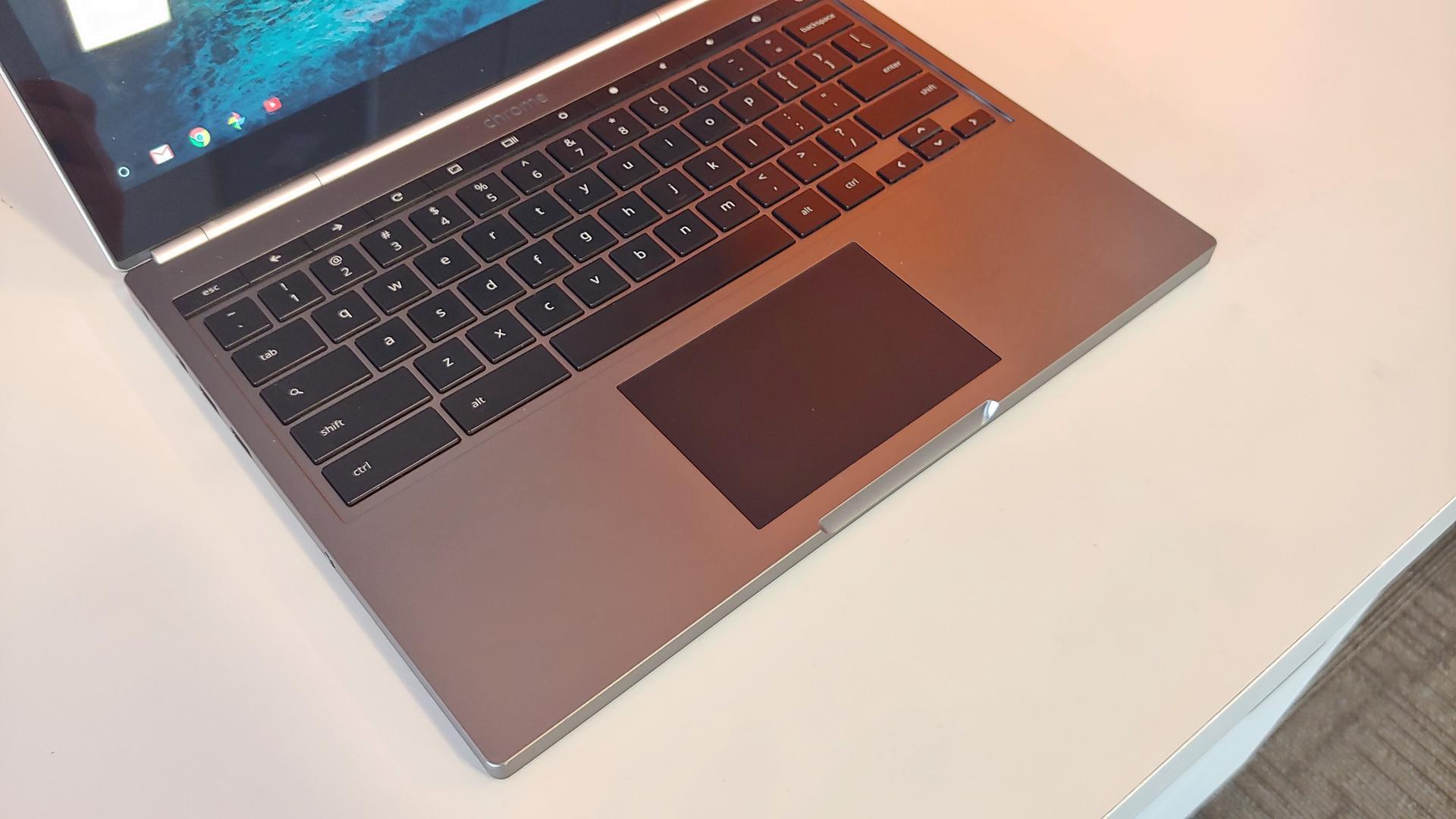 Chromebook Pixel 1st Gen, 2013 - Silver, 32 GB, 4 GB