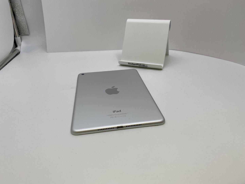 Apple iPad Mini 4 (Wi-Fi) - Silver, 64 GB - LVBO89441 - Swappa