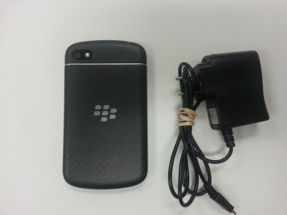 Buy Blackberry Q10 (Sprint) from Johbet Inc for $50 on Swappa