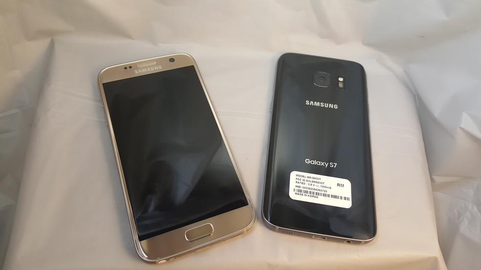 Samsung galaxy 19103